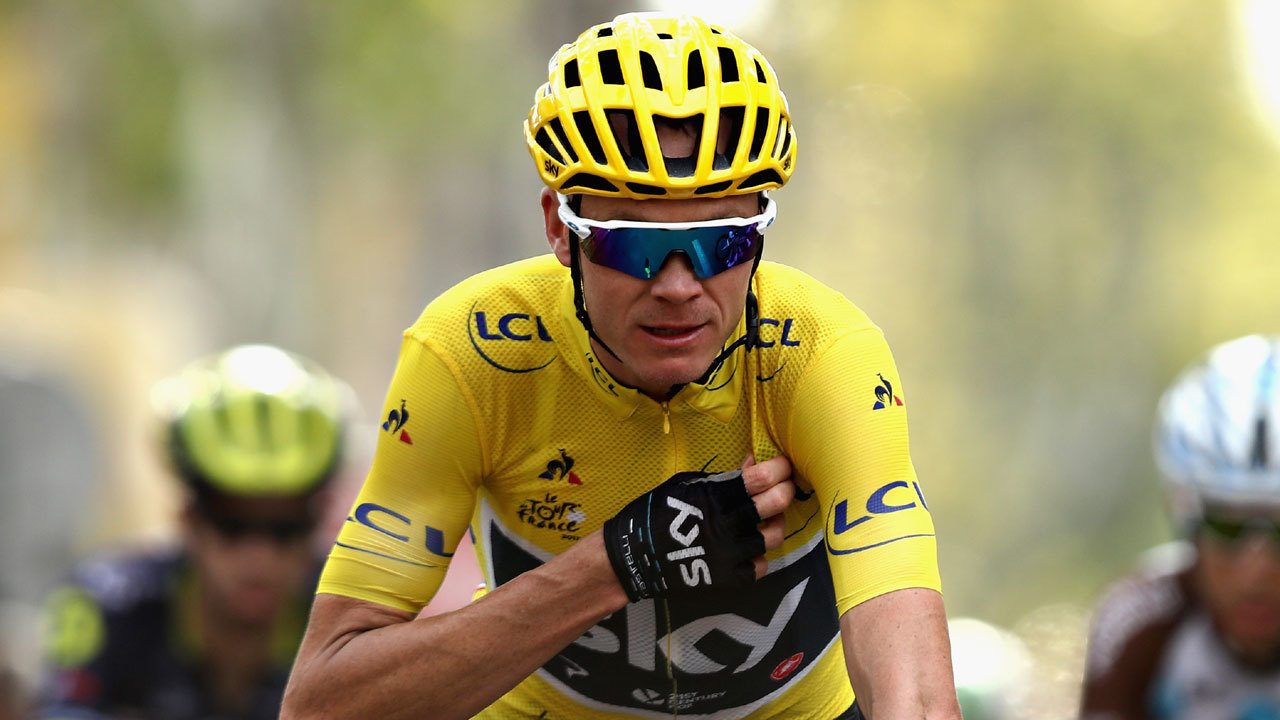 Horror crash puts Chris Froome in 'intensive care'